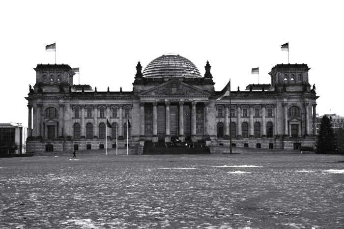 external image 01a-reichstag.jpg